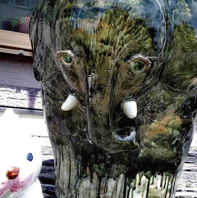 陶製チェアー☆(2)の画像