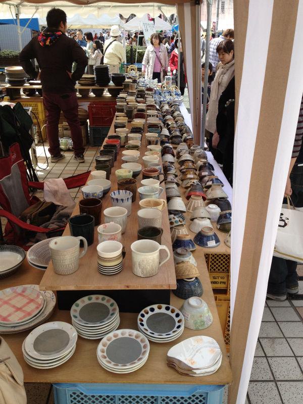 たじみ陶器まつりの様子